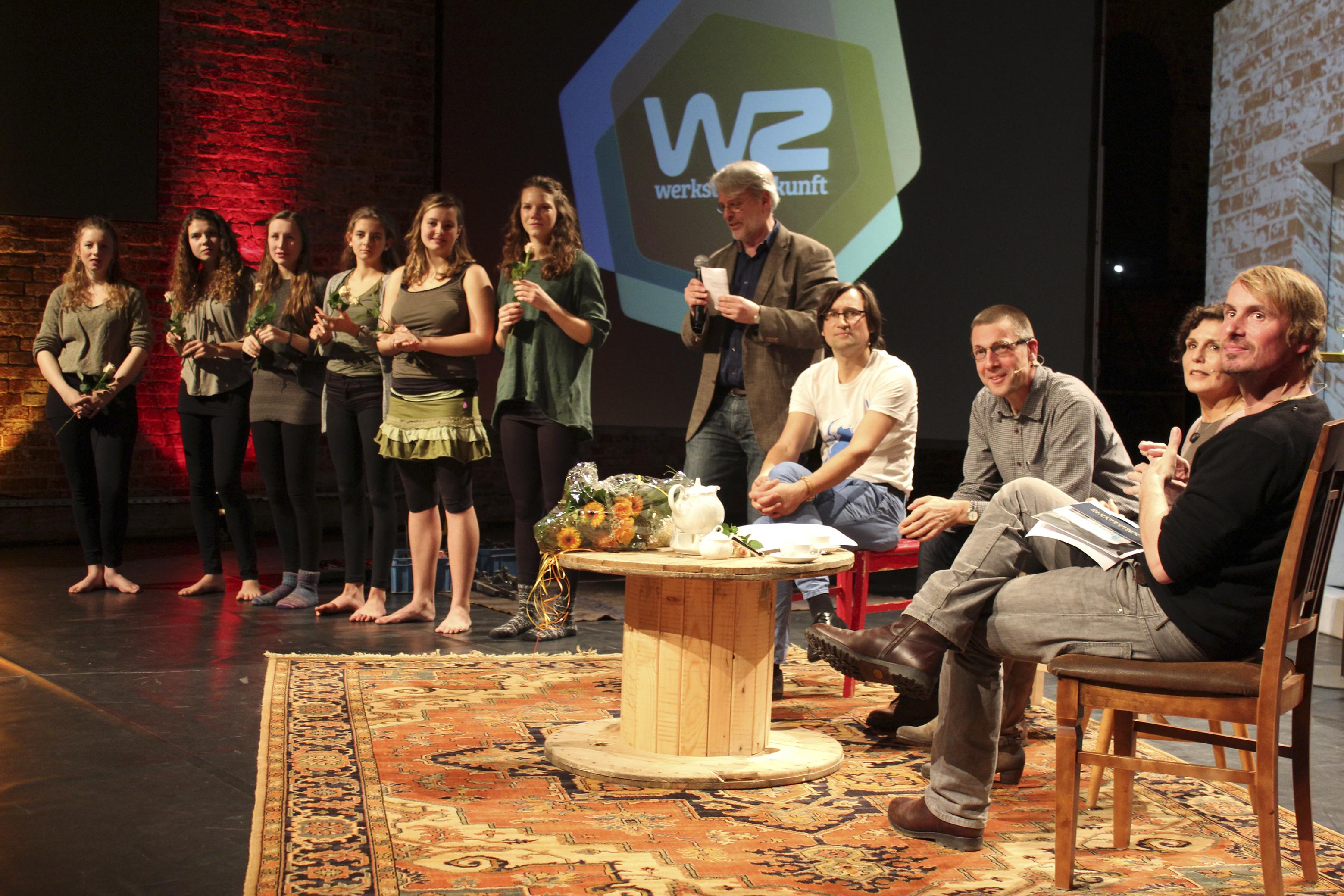 Der Auftakt zu einer erfolgreichen Veranstaltungsreihe unter anderem mit Niko Paech im Januar 2015 in der Exerzierhalle des Oldenburgischen Staatstheaters (Foto: Anneke Hoffmann).